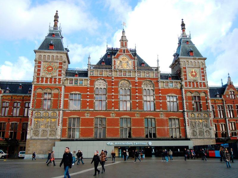 estacion_centrar_amsterda_laguiadeamsterdam