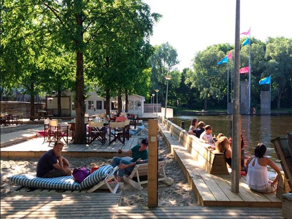 Playa Strand Zuid en Amsterdam